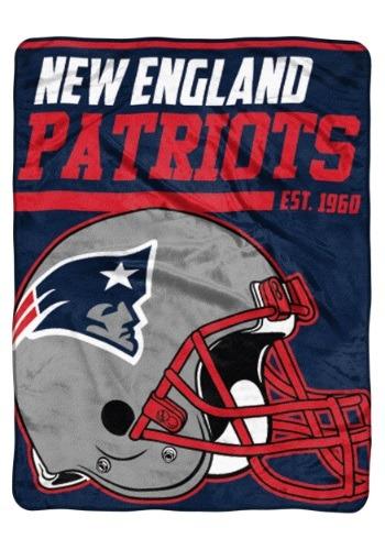 "New England Patriots 46"" x 60"" Micro Raschel Throw Blanket"