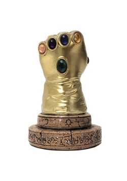 Thanos Infinity Gauntlet Desk Monument - Previews Exclusive