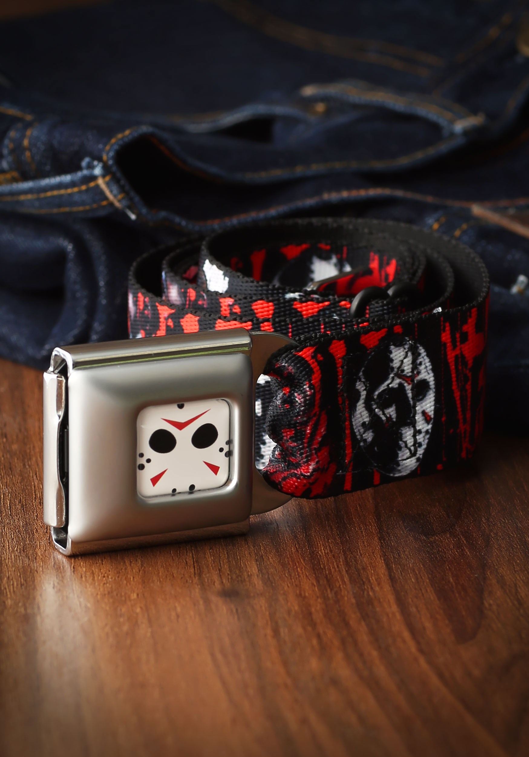 Friday_the_13th_Jason_Mask_Adult_Seatbelt_Buckle_Belt