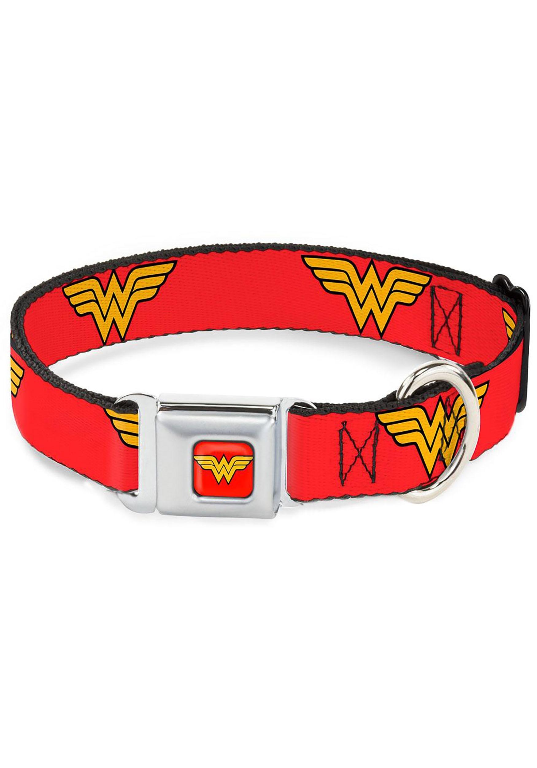 Wonder_Woman_Logo_Red_Seatbelt_Buckle_Dog_Collar_1_Inch