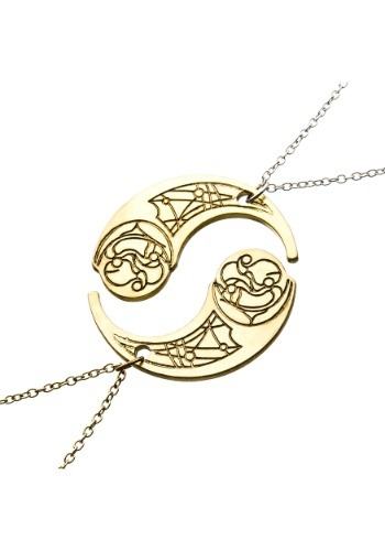 Star Wars Episode 8 Crescent Haysian Smelt Necklace