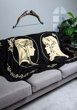 Legend of Zelda Coral Fleece Throw: Zelda & Link