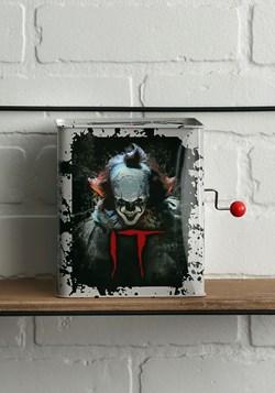 IT: Pennywise Burst a Box alt 3