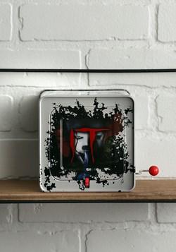 IT: Pennywise Burst a Box alt 4