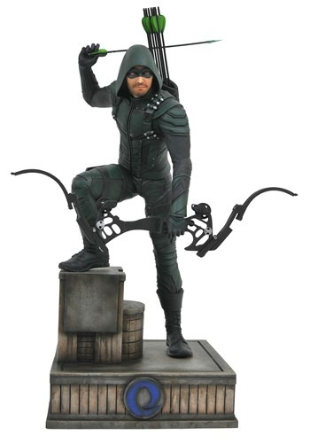 CW Gallery DC Green Arrow Collectible PVC Figure