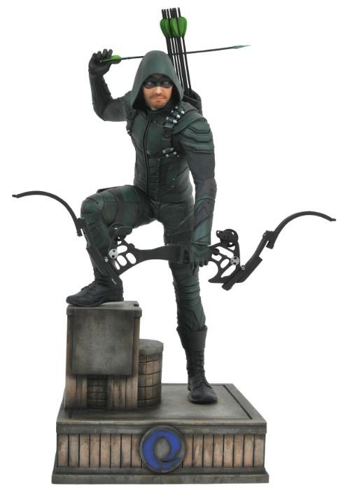 CW Gallery DC Green Arrow Collectible PVC Figure