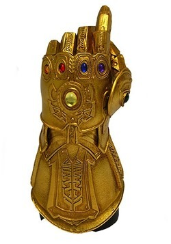 SDCC 2019 Thanos Infinity Gauntlet Snap PX Desk Monument