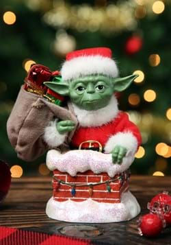 Star Wars Santa Yoda in Chimney Tablepiece