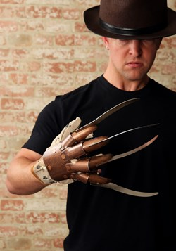 Replica Freddy Krueger Glove